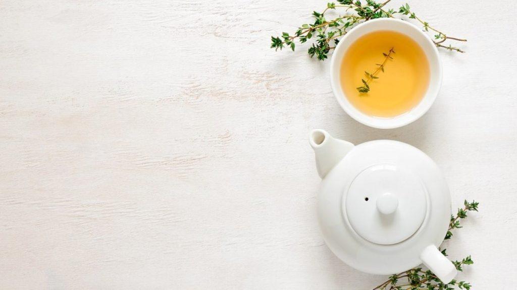 chá de arruda 1024x576 - Arruda: Você conhece essa planta?